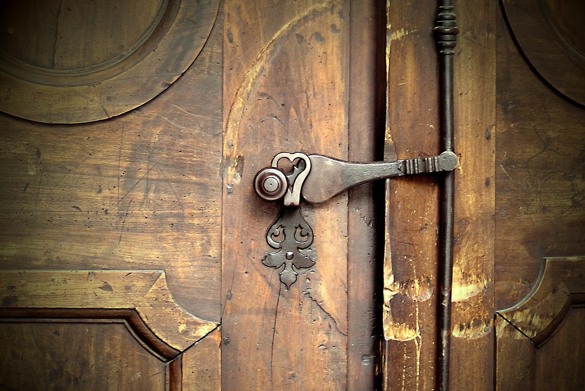 Haustür-Renovierung/-Restaurierung